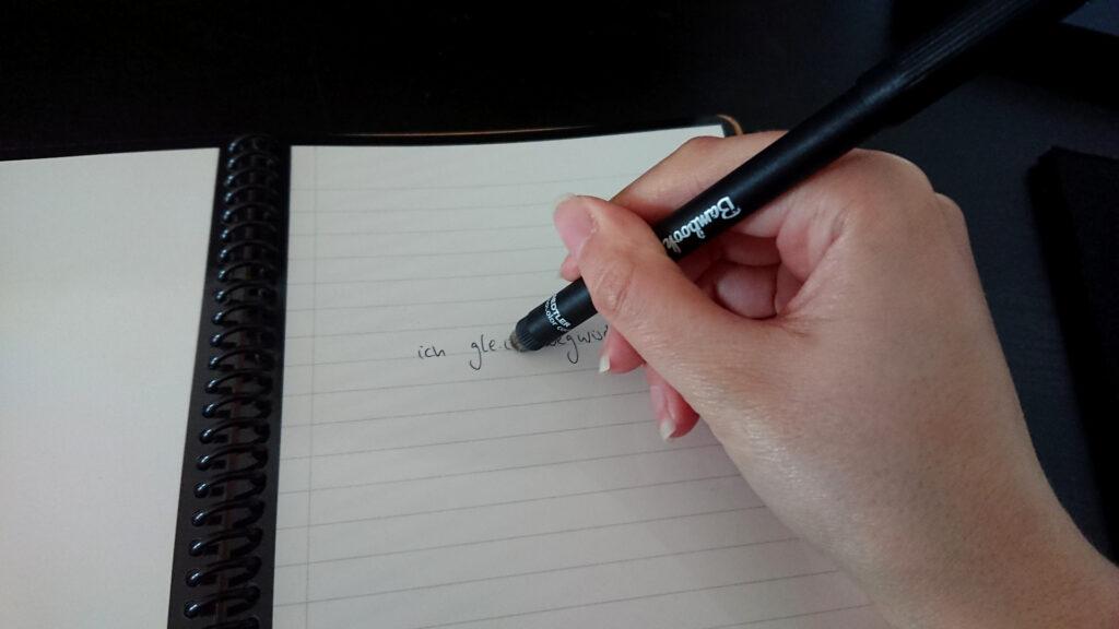 Test vom Wegwischen mit der Rückseite des Bambook-Stifts